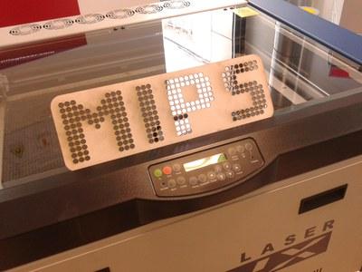 Pochoir MIPS découpé au laser